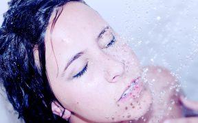 Masaż głowy – terapia pobudzająca wzrost włosów